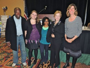 AKWorld Member, Alyssa Bish, Meneka Thiru, and Kari Gardey pose for a quick photo with Dr. Thorning